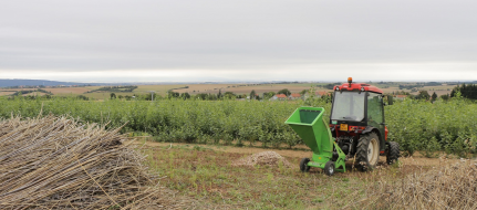 Astilladora de jardín a enganchar detrás del tractor pequeño LS 95 T (540 rev/min)