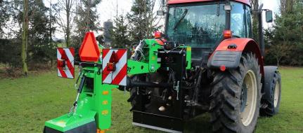 Fresa de suspensión para tractor, con control remoto FZ 560 T - RC