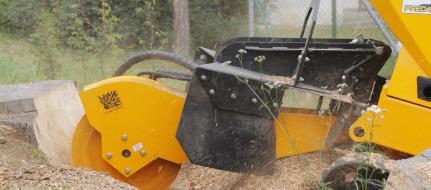 Fresadora para troncos sobre chasis de banda con control remoto P 56 RX