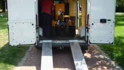 Fresadora para troncos sobre chasis de banda con control remoto P 50 RX